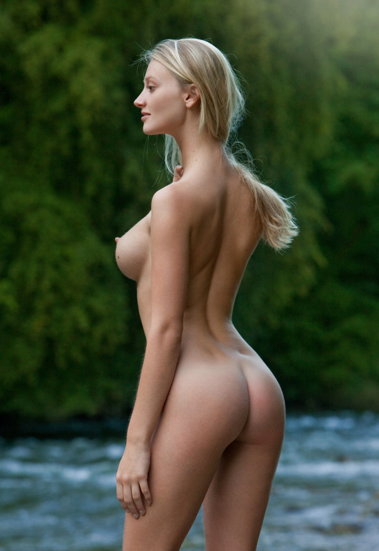 Beautiful Young Naked Girl Adores Bdsm Sexual Acts And Deepthroating Sessions With Her Well