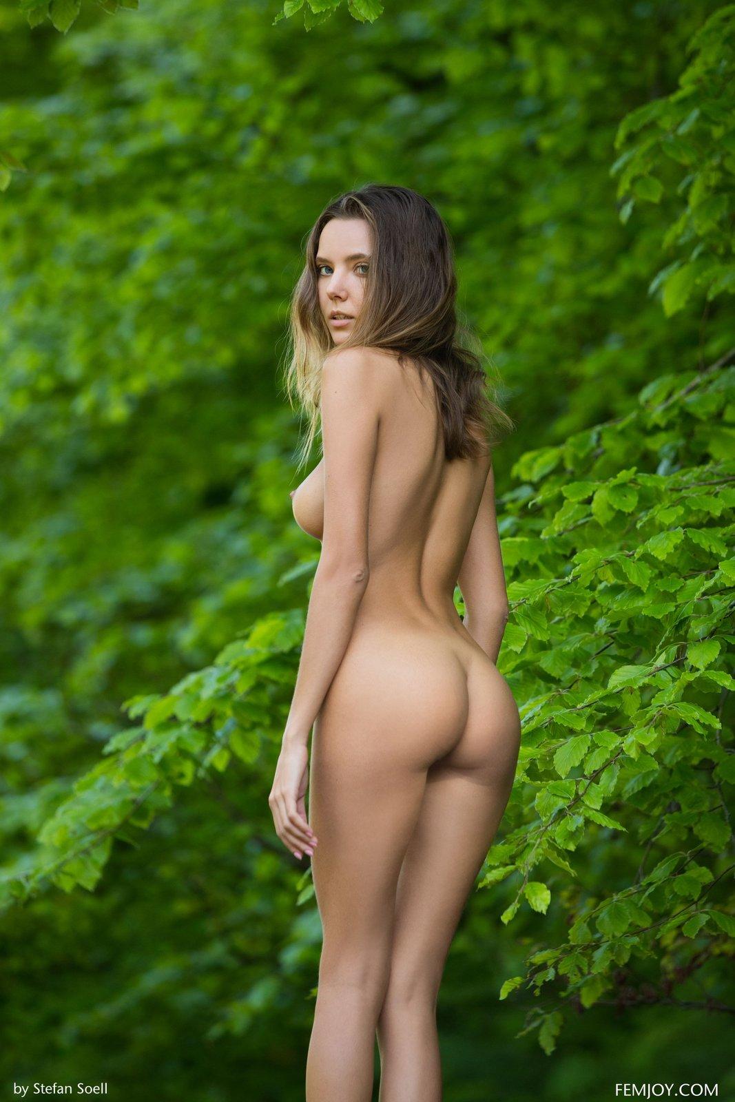 beautiful nude Very women