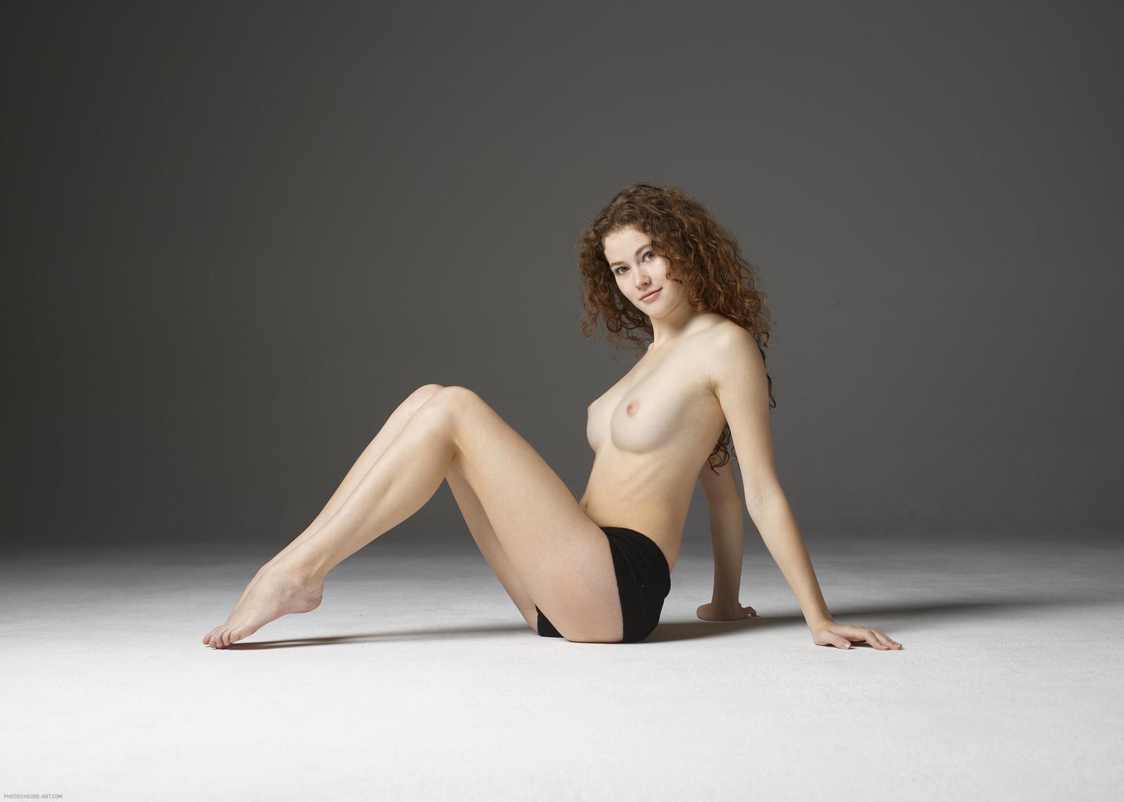 Heidi bruehl nude, fappening, sexy photos, uncensored