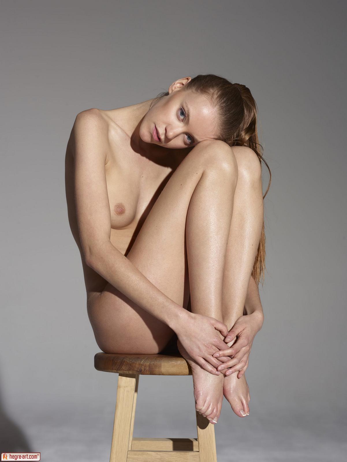 Free emma a nude art gallery