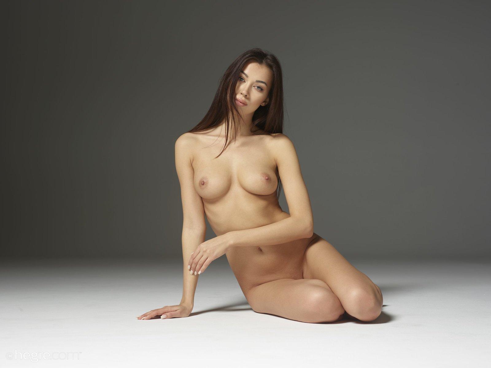 Focking nudes, face down nudes