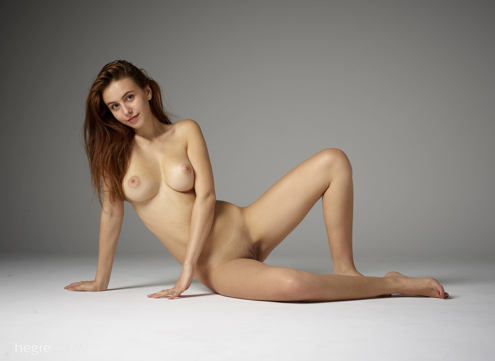 Full Figured Women Nude Masterbating