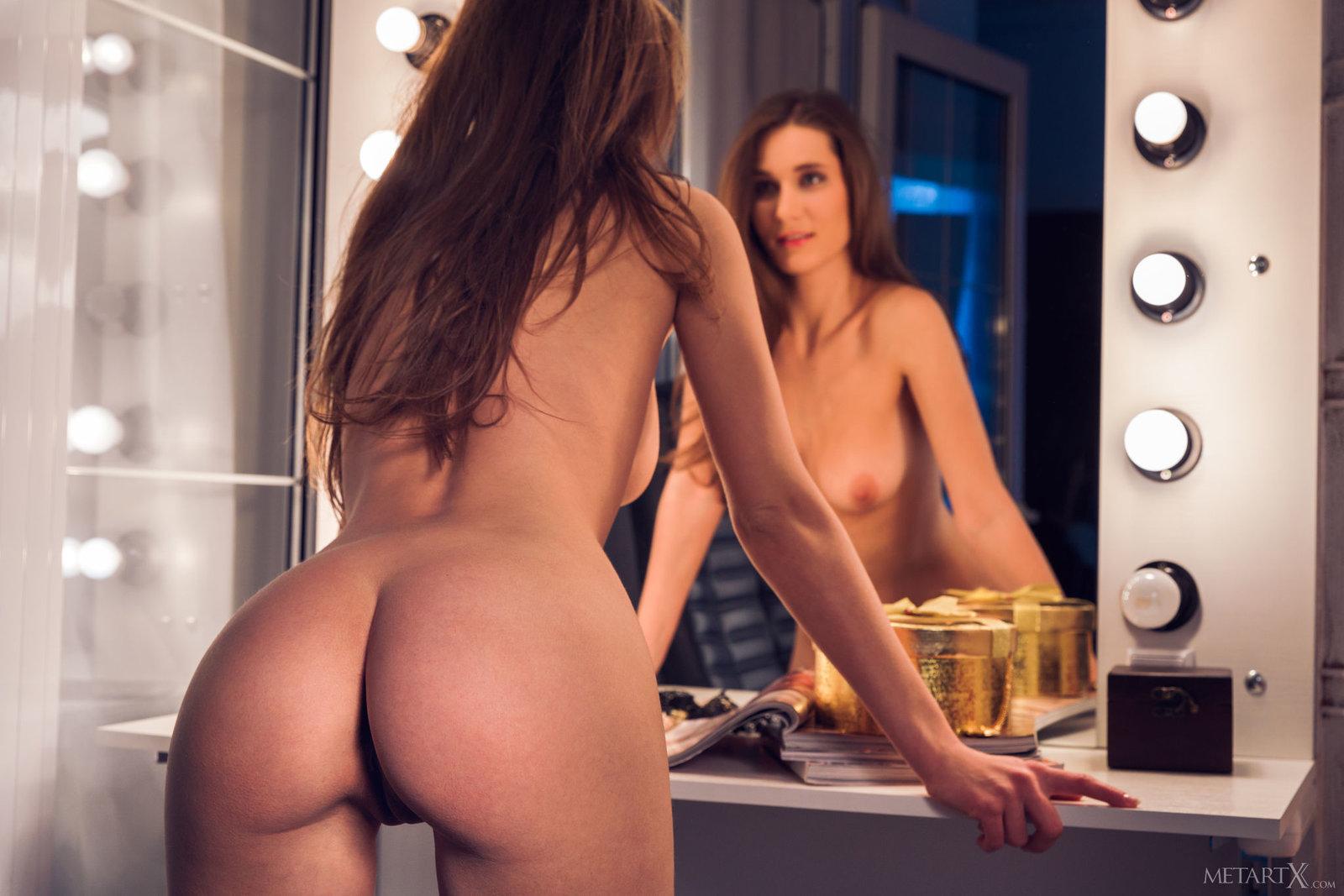 Mirror pussy pics